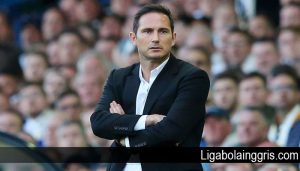 Chelsea Seimbang Namun Frank Lampard Enggan Beralasan Faktor Usia